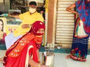 ભચાઉમાં એક વેપારીએ નિઃશુલ્ક ઉકાળા વિતરણની સેવા શરૂ કરી, દરરોજ 25 લીટર ઉકાળાનું વિતરણ|ભુજ,Bhuj - Divya Bhaskar