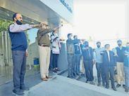 स्कूलों में निबंध, स्लोगन स्पर्धा आज, सड़क सुरक्षा नियम पालना की शपथ दिलाई|भीलवाड़ा,Bhilwara - Dainik Bhaskar