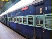 महाराष्ट्र से बिहार आने के लिए मिलेंगी और ट्रेनें, शोलापुर से बिहार होकर गुवाहाटी जाएगी स्पेशल ट्रेन|पटना,Patna - Dainik Bhaskar