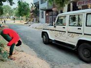 बिना मास्क निकले लोग, पुलिस को देख दूर से ही भागे, जो पकड़े गए वे करने लगे मिन्नतें|अलवर,Alwar - Dainik Bhaskar