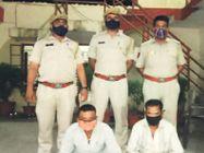 1 किलो 900 ग्राम अफीम बरामद; दाे युवक गिरफ्तार, पेट्राेल टैंक में गुप्त चैंबर बनाकर कर रहे थे तस्करी|भीलवाड़ा,Bhilwara - Dainik Bhaskar