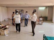 નર્સિંગ કાેલેજમાં 80 બેડ, આયુર્વેદિક હાેસ્પિટલમાં તંત્ર 20 બેડ ઉભા કરશે, સરકારી, ખાનગી હોસ્પિટલમાં દર્દીની ભીડ|અમરેલી,Amreli - Divya Bhaskar