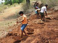 કોરોનાથી ભારતમાં કરોડો લોકો ફરી ગરીબીમાં ધકેલાયા, બચત ઘટવાથી અર્થતંત્ર ઉપર નકારાત્મક અસર થશે વર્લ્ડ,International - Divya Bhaskar