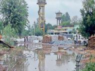 अनाज मंडी में बाजरे के एक लाख कट्टों के लिए बरसात बनी मुसीबत, 20 हजार कट्टे भीग गए, तुलाई में हुई देरी|दौसा,Dausa - Money Bhaskar