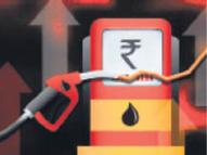 डीजल 32 पैसे और पेट्रोल 22 पैसे हुआ महंगा, लॉकडाउन के बाद डीजल 11.75 और पेट्रोल के 12.85 रुपए तक बढ़े दाम|जयपुर,Jaipur - Dainik Bhaskar