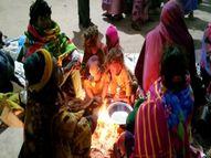 वाराणसी में छाया घना कोहरा, बर्फीली ठंडी हवाओं ने पारा पहुंचाया 6.8 डिग्री सेल्सियस वाराणसी,Varanasi - Dainik Bhaskar