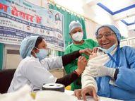 पहले दिन देश में दो लाख से ज्यादा लोगों को कोरोना वैक्सीन लगाई गई, यह दुनिया में सबसे ज्यादा|वैक्सीन ट्रैकर,Coronavirus - Dainik Bhaskar