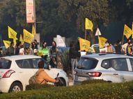 कृषि कानूनों के विरोध में चंडीगढ़ के यंगस्टर्स, आई सपोर्ट फार्मर्स का प्लेकार्ड लेकर चौराहों पर हुए खड़े|चंडीगढ़,Chandigarh - Dainik Bhaskar