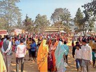 सेंदुर नदी के तट पर 21 कुंडीय श्री गणेश महायज्ञ शुरू|रामानुजगंज,Ramanujganj - Dainik Bhaskar