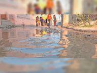 पेयजल लाइन में मिल गया गंदा पानी, 10 दिन तक शहर के 3 वार्डों में होता रहा सप्लाई|झुंझुनूं,Jhunjhunu - Dainik Bhaskar