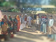 गुस्से में गांवों की सरकार...191 पंचायत कार्यालयों पर जड़े ताले|धौलपुर,Dholpur - Dainik Bhaskar
