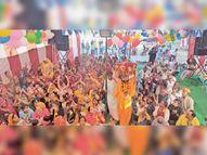 भागवत कथा में मनाया कृष्ण जन्मोत्सव|सीकर,Sikar - Dainik Bhaskar