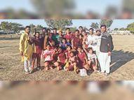 वाईएमसी बी ने सीमेंट फैक्ट्री बी को ट्राई ब्रेकर में 4-3 से हराया|सवाई माधोपुर,Sawai Madhopur - Dainik Bhaskar