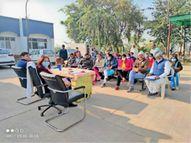 लाखनमाजरा में आज से शुरू होगा कोविशील्ड का वैक्सीनेशन|रोहतक,Rohtak - Dainik Bhaskar