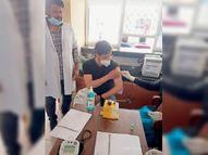 सीहमा पीएचसी पर 91 स्वास्थ्य कर्मियों ने लगवाए टीके|नारनौल,Narnaul - Dainik Bhaskar