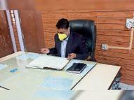 पंस का एसडीएम ने किया औचक निरीक्षण, 6 कर्मचारी अनुपस्थित मिलने पर दिए नोटिस|करौली,Karauli - Dainik Bhaskar