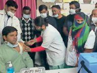 वैक्सीनेशन के पांचवें दिन हैल्थ वर्कराें में उत्साह, 678 में से 584 ने लगवाया टीका झुंझुनूं,Jhunjhunu - Dainik Bhaskar