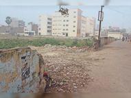 डीईओ ने जहां बैठक में दी हिदायत, उसी बीबी कॉलेजिएट परीक्षा केंद्र की बाउंड्री सौ मीटर टूटी|मुजफ्फरपुर,Muzaffarpur - Dainik Bhaskar