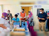 पांचवें दिन 10 बूथ पर 720 स्वास्थ्यकर्मियों काे लगा टीका|पाली,Pali - Dainik Bhaskar