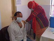 कोरोना वैक्सीन लगवाने का उत्साह, छोटे से सीएससी सेंटर में 66 हेल्थ वर्करों ने लगवाया टीका|नागौर,Nagaur - Dainik Bhaskar
