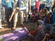 जंगल में महुआ बीनने बीनने गया था, घात लगाकर बाघ ने हमला किया, मौके पर मौत; ग्रामीणों ने जताया आक्रोश|छिंदवाड़ा,Chhindwara - Dainik Bhaskar