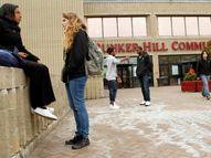 अमेरिका में पैसे की कमी के कारण एक करोड़ छात्र कॉलेज नहीं जा पाए; एडमिशन में 13 प्रतिशत गिरावट|टाइम,Time - Dainik Bhaskar