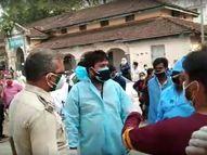 कोरोना वार्ड के सामने तीन घंटे खुले में पड़ी रही संक्रमित मरीज की लाश, SDM से शिकायत के बाद हटी|छिंदवाड़ा,Chhindwara - Dainik Bhaskar