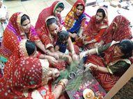 बगीचों से पाती लेकर महिलाएं और युवतियां कर रही पूजन; गूंज रहे लोकगीत, उद्यापन15 अप्रैल को होगा|अजमेर,Ajmer - Dainik Bhaskar