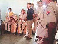 जानलेवा चूक; एके 47 से लैस तस्करों को पकड़ने डंडे ही लेकर गई पुलिस...आईजी भी बोले- बिना तैयारी के गए थे|भीलवाड़ा,Bhilwara - Dainik Bhaskar