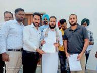 पुरानी पेंशन बहाली के लिए सीपीएफ कर्मियों ने विधायक को सौंपा मांगपत्र|जलालाबाद,Jalalabad - Dainik Bhaskar