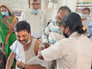 जिले में फिर टीके की कमी, 25 केंद्रों पर नहीं हो सका वैक्सीनेशन; लक्ष्य 31 हजार, टीके पड़े 8821|मुजफ्फरपुर,Muzaffarpur - Dainik Bhaskar