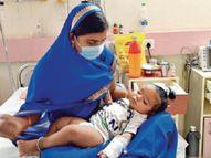 पति के कर्मों की सजा मासूम बेटे और पत्नी को, 14 दिन तक एक-दूसरे से दूर रखा इंदौर,Indore - Dainik Bhaskar