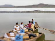 3 गांवाें में जाने का रास्ता नहीं, नर्सिंगकर्मी नाव में तीन किमी का सफर कर पहुंचे और लगाया कोरोना टीका|बांसवाड़ा,Banswara - Dainik Bhaskar