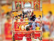 श्रद्धालुओं ने पहले नवरात्र पर व्रत रखकर की मां शैलपुत्री की उपासना|गुड़गांव,Gurgaon - Dainik Bhaskar
