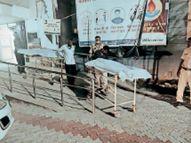 बाइक भिड़ंत में दो युवकों की मौत, एंबुलेंस नहीं आई तो चौकी प्रभारी कार से लाए अस्पताल|बांसवाड़ा,Banswara - Dainik Bhaskar