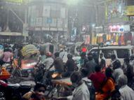 सायरन बजती पुलिस की गाड़ी गुजरने पर बड़े प्रतिष्ठान हुए बंद, खरीदारों की जमी रही भीड़|मुजफ्फरपुर,Muzaffarpur - Dainik Bhaskar