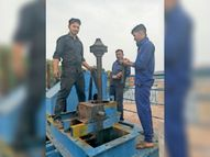दायीं मुख्य नहर के गेट का गियर हुआ खराब, खाली करना पड़ा कागदी बांध|बांसवाड़ा,Banswara - Dainik Bhaskar