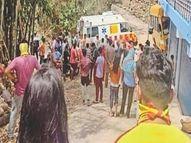 अनियंत्रित होकर घर से टकराई स्कूल बस, 15 लोग घायल, चालक के खिलाफ केस दर्ज|शिमला,Shimla - Dainik Bhaskar