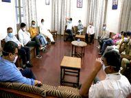 बैठक के बाद मंत्री सिलावट ने दिए संकेत; अब जनता कर्फ्यू के नाम से एक से दो सप्ताह तक बढ़ा सकते हैं लॉकडाउन, रियायतें भी बढ़ेंगी इंदौर,Indore - Dainik Bhaskar