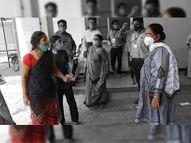 पत्नी बोलीं आखिरी बार पति का चेहरा दिखा दो, सरकारी आंकड़े में 71 की मौत खंडवा,Khandwa - Dainik Bhaskar