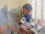 भाप लेने वाली मशीन तैयार कर 3 थानों को दी पीथमपुर,Pithampur - Dainik Bhaskar