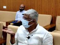 केंद्रीय मंत्री शेखावत की लोगों से अपील, कोरोना को हराने के लिए सरकार की गाइडलाइन का करें पालन|जोधपुर,Jodhpur - Dainik Bhaskar