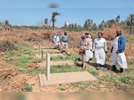2 लाख कब्रों वाले संरक्षित कब्रिस्तान में सफाई के दौरान मिला एंग्लो-बोयर युद्ध बंदियों का मेमोरियल|अम्बाला,Ambala - Dainik Bhaskar
