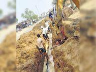 14 किमी लंबी पाइप लाइन में 80 लीकेज, 65 गांव प्यासे; चंबल परियोजना का ग्रामीणों को नही मिल रहा लाभ नगर,Nagar - Dainik Bhaskar