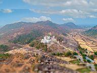घर से ही करिए घुंचापाली पहाड़ी पर विराजित मां चंडी मंदिर के भव्य दर्शन; हवन-पूजन आज|रायपुर,Raipur - Dainik Bhaskar