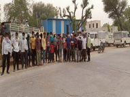 मंडी में बकरे बेचकर लौट रहे व्यापारी से देशी कट्टा दिखाकर 70 हजार लूटे, सीसीटीवी कैमरे खंगाल रही पुलिस|सीकर,Sikar - Dainik Bhaskar