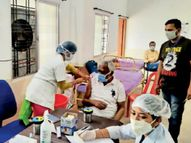 टीकाकरण घटा, 10 दिन में 54% कम लगे, दूसरा डोज भी कम ही लगवा रहे|बिलासपुर,Bilaspur - Dainik Bhaskar