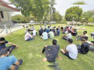 यूनिवर्सिटी ने अचानक निकाले हॉस्टल खाली करने के आदेश, स्टूडेंट्स ने कहा-मोहलत मिले|जयपुर,Jaipur - Dainik Bhaskar