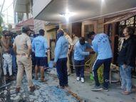 33 फीट गहरे कुएं में सफाई को उतरे दो मजदूरों की ऑक्सीजन की कमी से मौत, बिना संसाधन उतरे थे इंदौर,Indore - Dainik Bhaskar