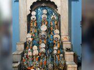 गर्भगृह में राम दरबार, शिव परिवार, राधा-कृष्ण और लड्डू गोपाल एक साथ विराजमान इंदौर,Indore - Dainik Bhaskar